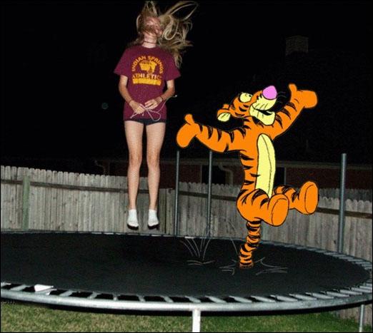 C'est sûr qu'avec un guignol comme lui sur le trampoline, on saute moins haut. Qui est-ce ?