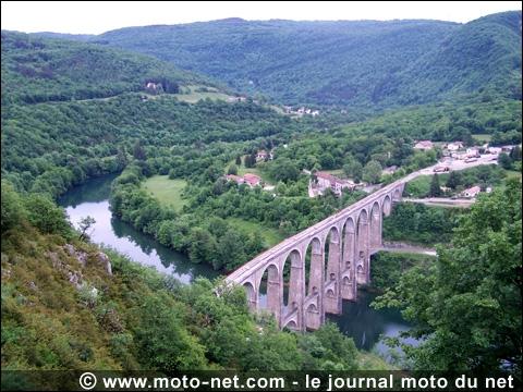 Parmi ces cours d'eau, lequel coule uniquement en France ?