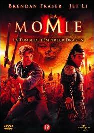 En quelle année le film   La Momie : La Tombe de l'empereur Dragon  est-il sorti ?