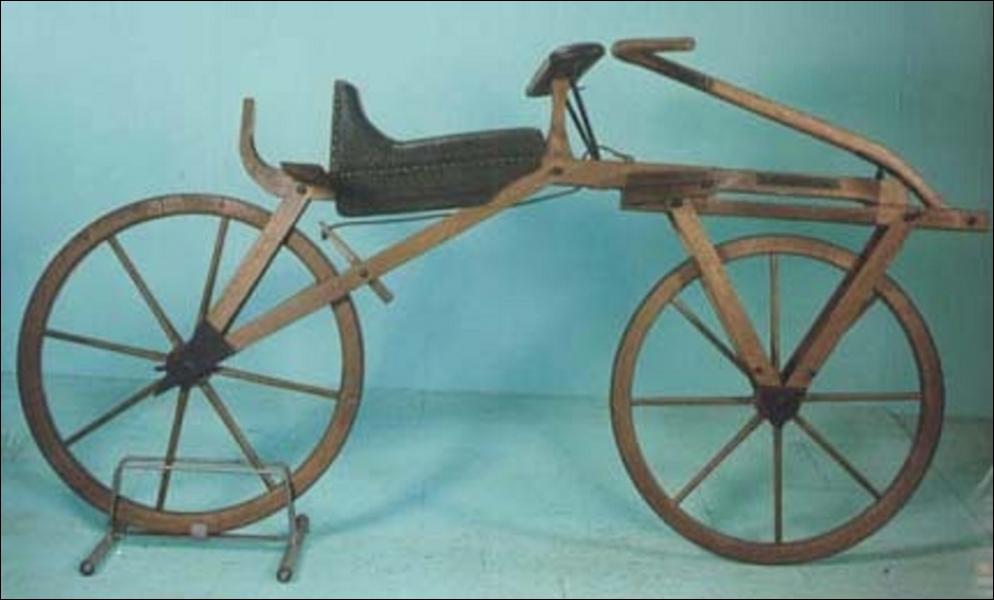 La draisienne a été inventée par Karl Von Drais. Il parcourut avec celle-ci 14, 4 km en 1 heure. Mais en quelle année a-t-elle été inventée ?