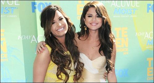 Comment s'appelait la série dans laquelle elle jouait avec Demi Lovato ?