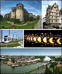 Je commence cette visite du Maine-et-Loire par la ville d'Angers, où les habitants se nomment les ... ( Attention à l'orthographe ).