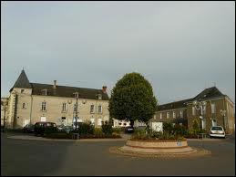 A Doué-la-Fontaine, les habitants portent le nom de ...