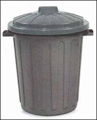Dans quelle ville une poubelle est-elle considérée comme une arme mortelle ?