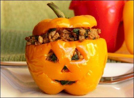 L'imagination dans la cuisine est sans limite : voici comment transformer le menu des petits farcis tout simples en menu d'Halloween, grâce à... ?