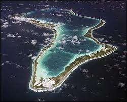 L'archipel des Chagos appartient au Royaume-Uni mais il est revendiqué par l'île Maurice. Le nom de son atoll principal, Diego Garcia, me rappelle une série télévisée de mon enfance. Laquelle ?