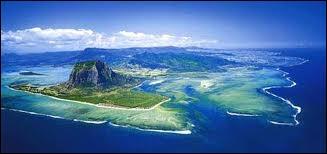 Quelle île n'appartient PAS à l'Inde ?