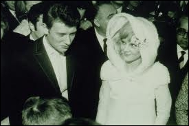 Où se mariaient Johnny et Sylvie en 1965 ?
