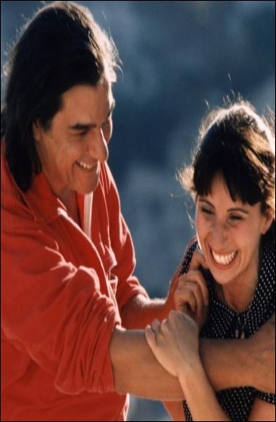 C'est un film de Robert Guédiguian qui raconte les amours de deux êtres blessés par la vie dans les quartiers Nord de l'Estaque à Marseille.