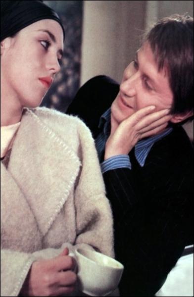 Isabelle Adjani et Jacques Dutronc tournent pour Jacques Rouffio en 1977 dans :