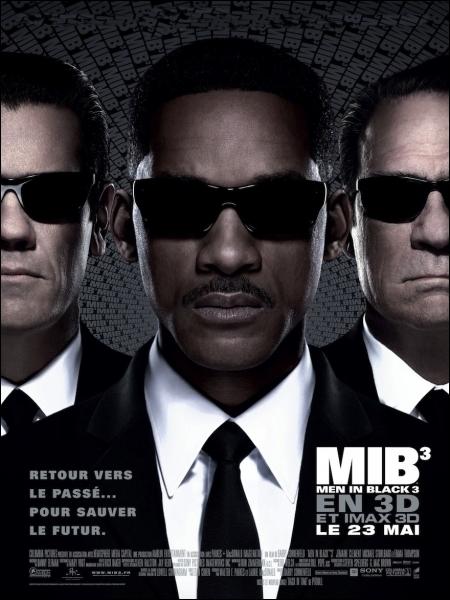 Quel acteur joue le rôle de l'agent K jeune dans  Men in Black 3  ?