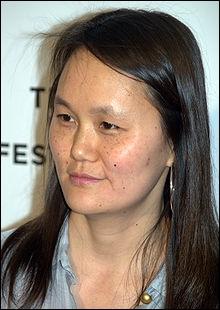 Voici Soon-Yi Previn, enfant adopté par André Previn, chef d'orchestre et compositeur et son épouse d'alors, l'actrice Mia Farrow. Soon-Yi est l'épouse de ?