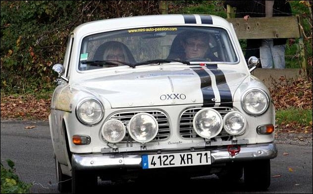La photo te dit qu'il s'agit d'une Volvo :