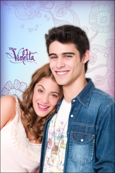Comment s'appellent Martina Stoessel et Pablo Espinosa dans  Violetta  ?