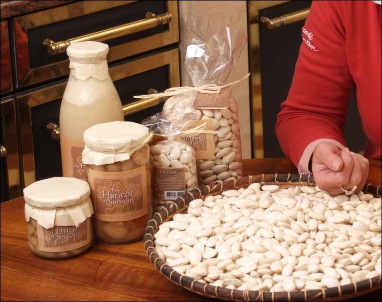 Le haricot de... , est le plus gros des haricots cultivés sur le sol français, Il se caractérise par une couleur ivoire, une peau très fine et une chair goûteuse :
