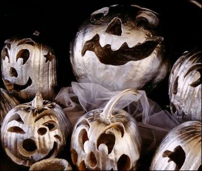 Halloween peut prendre un aspect plus  soirée  et plus  luxe  si vous... ?