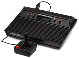 Quel est le nom de cette console sortie en 1977 ?