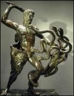 Dans quel lac vivait l'hydre qu'Héraclès a tuée lors de son deuxième travail ?