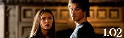 Dans quel épisode rencontre-t-il Elena ?