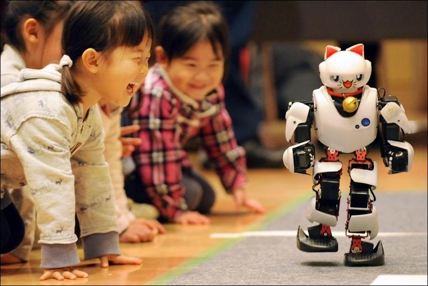Le chat, les robots et les Chinois : trouvez la fausse proposition...