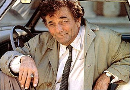 Combien de fois Columbo, en 69 épisodes, sort-il son arme ?