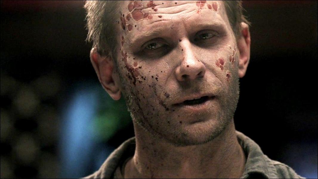 Qui a libéré Lucifer à la fin de la saison 4 ?