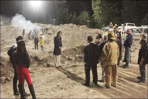 Pourquoi Henry se retrouve-t-il coincé dans une ancienne mine ?