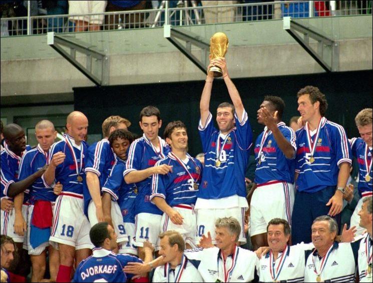 La France gagne la coupe du monde de football !