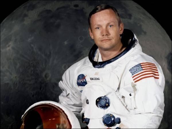 Le premier pas sur la lune !
