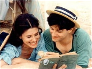 Mini-série française de Nina Companeez, elle mit en avant pour la première fois à l'écran une actrice à la voix si particulière, Fanny Ardant, dans un duo amoureux avec Francis Huster, c'est ?