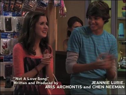 De qui Ally est-elle amoureuse ? (saison 1)