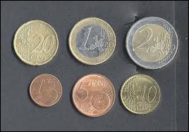 Si 50 abricots coûtaient 5 €. Combien pourrais-je en acheter avec 2, 20 € ?