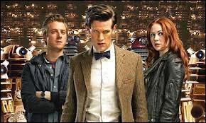 Au Parlement des Daleks, par quelle phrase des Daleks le Docteur a-t-il été surpris ?