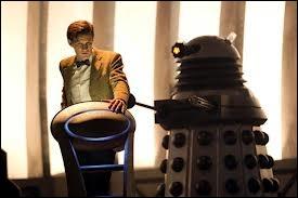Pourquoi les daleks ont-ils enlevé le Docteur ?