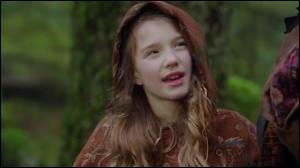 Dans  Alice au pays des merveilles , comment s'appelle la fille du chapelier fou ?