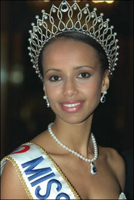 Qui est Miss France 2000 ?