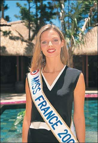 Quel est le nom de Miss France 2002 ?