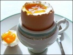 ''J'ai un œuf à peler avec toi.''