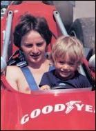 Chez les Villeneuve, qui du père (Gilles) ou du fils (Jacques) a été champion du monde ?