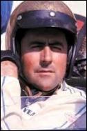 Double champion du monde, il fonda ensuite sa propre écurie et devint concepteur de monoplaces . Il remporta un 3ème titre de meilleur pilote en étant son propre directeur sportif et au volant de sa propre voiture !