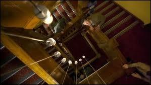 Vrai ou faux ? (6x11 : Le complexe divin) La chambre du Docteur porte le numéro 11 et celle d'Amy, le numéro 7.