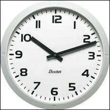 (saison 6) À quelle heure précisément, voit-on le temps s'arrêter ?