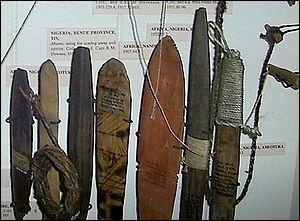 Je peux être le nom savant de losange ou un instrument de musique à vent ancien.