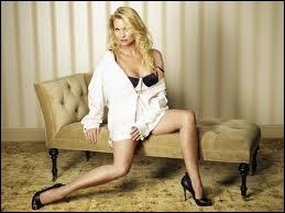 Qui interprète le rôle d'Edie Britt ?