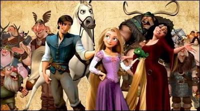 Dans Raiponce, quel est le nom du cheval de la garde royale, qui poursuit Flynn Rider ?