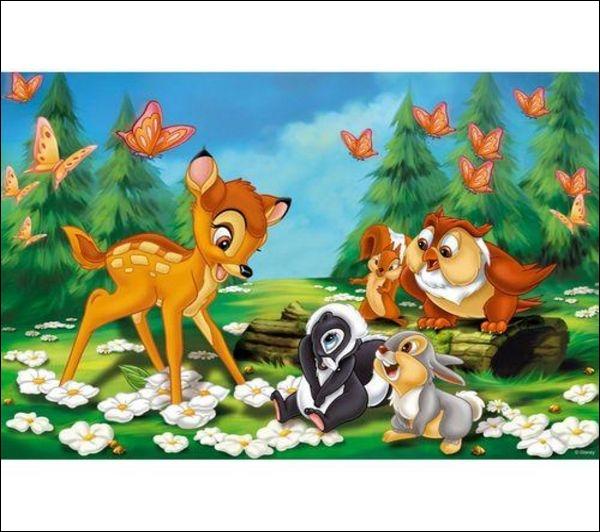 Dans Bambi 2, pour quelle raison Bambi se fait poursuivre par des chiens ?