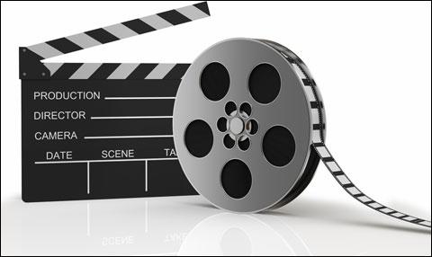 Si vous regardez un film à la télévision, il sera plus court qu'au cinéma. Même si aucune scène ne manque.