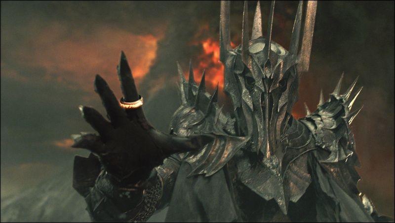 Qui coupa le doigt de Sauron ?