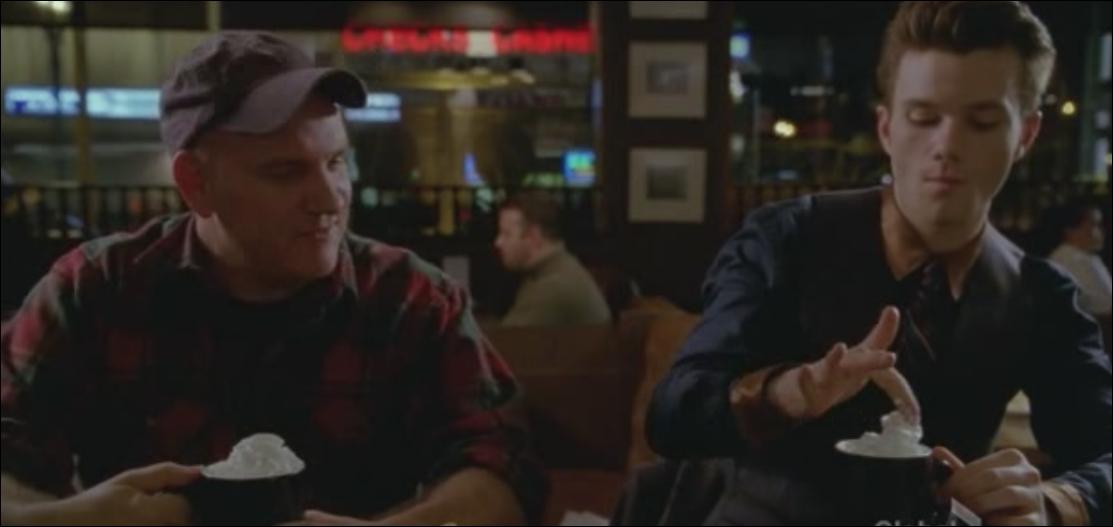 Saison 4 épisode 10 : Qu'apprend Kurt a propos de son père Burt ?