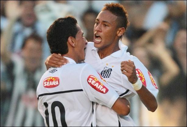 Dans quel club joue Neymar ?